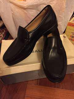 Bally brand new leather shoes