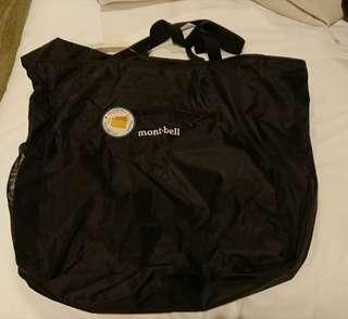 購自日本 Montbell 袋