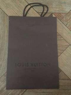 Branded paper bag: LOUIS VUITTON LV