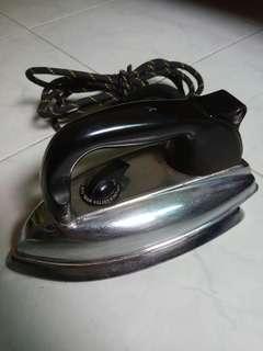 Vintage Morphy-Richards Iron