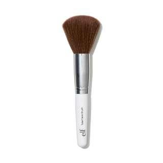 e.l.f. Professional - Total Face Brush