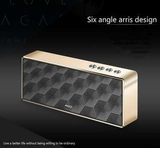 AIDU/ love F5 wireless Bluetooth speaker outdoor mini card mobile phone subwoofer sound field cannon