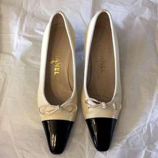 照價八折 二手真貨 Chanel 二色低跟鞋