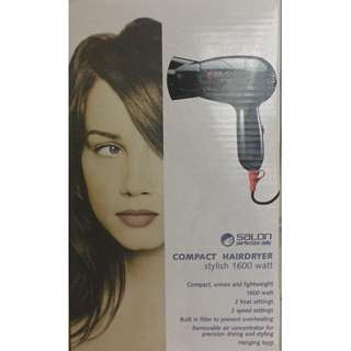 SALON PERFECTION DAILY COMPACT HAIRDRYER