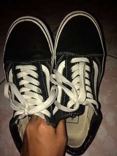 FREE SHIPPING! Authentic Vans Old Skool