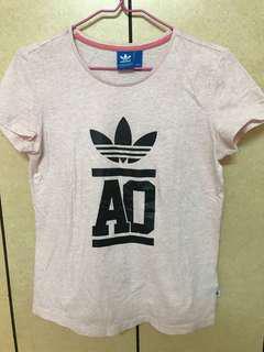 🚚 Adidas愛迪達T恤