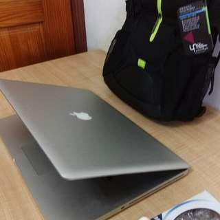 "Core i7-2720 MacBook Pro 17"" laptop"