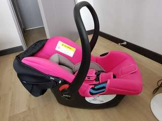 Fedora C0 infant car seat - hot pink!