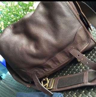 Ridiculously Priced: Brand new genuine Prada Viaggio Messenger Bag 100% Full leather cervo