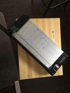 NEW GUILLOTINE PAPER CUTTER TRIMMER FOR SALE