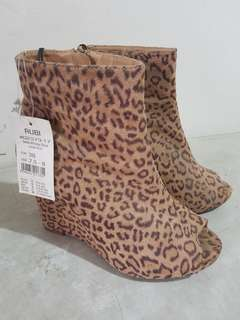 Rubi by Cotton On Boots
