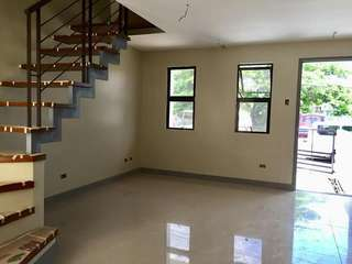 Townhouse Inner Unit for Sale in Las Piñas Ready for Movein soon