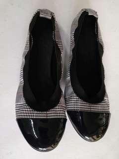 MArikina ballet shoes