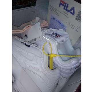 Sneakers Fila Disruptor Pre order 14 hari
