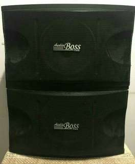 Branded specker 2 boss usa specker and amplifier selling at $350