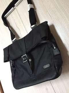 Lee 黑色袋