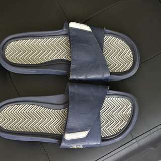 Lacoste Slippers -  Pre-Owned