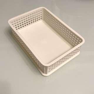 日式長方形塑料收納籃
