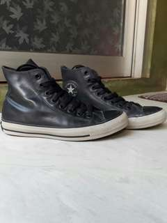 Converse chuck tailor Rubber leather (kulit)