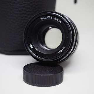 Helios-44M 58mm f/2