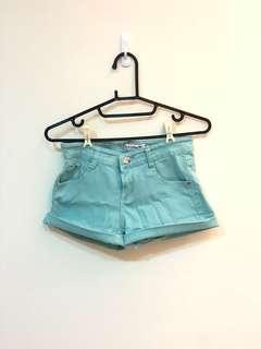 🚚 Tiffany綠短褲