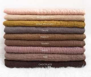 Crumple shawl
