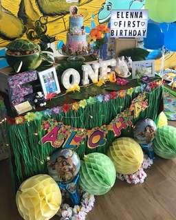 [Rent] Luau/ hawaii party props bundle