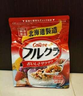 🚚 (好市多購入)Calbee 卡樂比富果樂水果麥片(北海道製造)