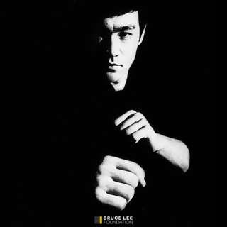 7月20日今天是李小龍逝世45週年紀念日 在此再向這位永遠巨星致敬
