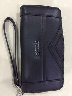 Guess Wrist Wallet in Black