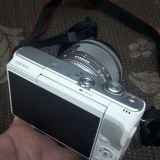 Camera Mirrorless Canon EOS M10