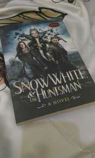 Snow White and The Huntsman (Bahasa Indonesia)