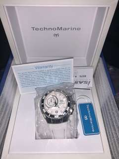 SALE!!! Technomarine Cruise one