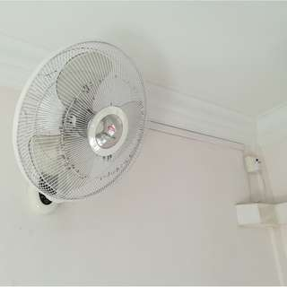Wall fan with remote