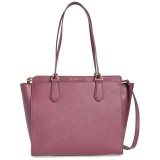 Michael Kors : Dee Dee Large Leather Convertible Tote in Plum