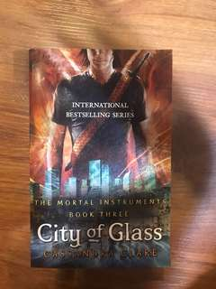 City of Glass by Cassandra Clare (The Mortal Instruments Book 3)