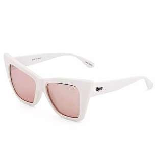Quay Vesper Sunglasses - White/Rose