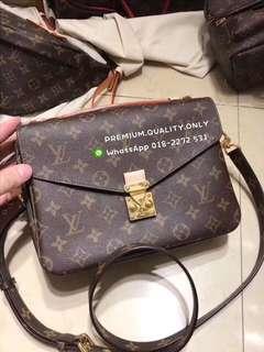 Boutique Quality Louis Vuitton Pickett Metis