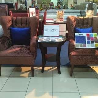 Jual Display 2 Sofa + 1 Meja Bisa Kredit Dp 0%