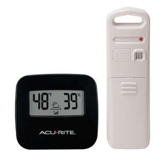 1514. AcuRite 02097M Wireless Indoor/Outdoor Thermometer with Humidity Sensor