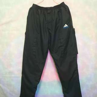 三件7折🎊 Adidas 運動長褲 風褲 深黑 上寬下窄 特殊大電繡logo 極稀有 老品 復古 古著 vintage