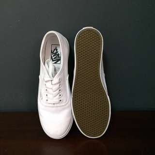 VANS True White Sneakers