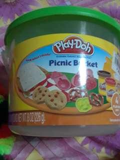 Playdoh picnic bucket