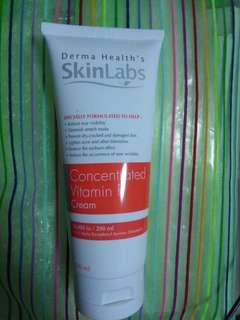 Skin moisturiser repair