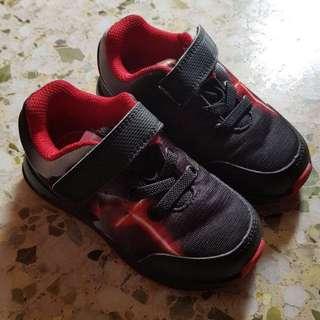 Original adidas kid..star wars