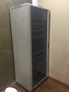 Server rack to sell fast