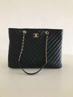 Chanel Timeless tote 手袋