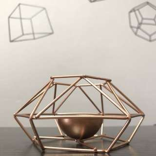 Nordic geometric candle holder in rose gold