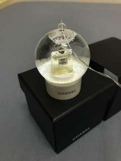 Chanel VIP GIFT 水晶球