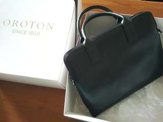 Oroton Leather Bag #July70 #July100